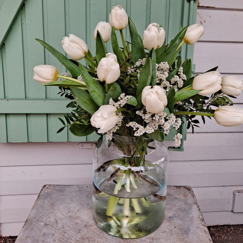 Ramo tulipanes blancos